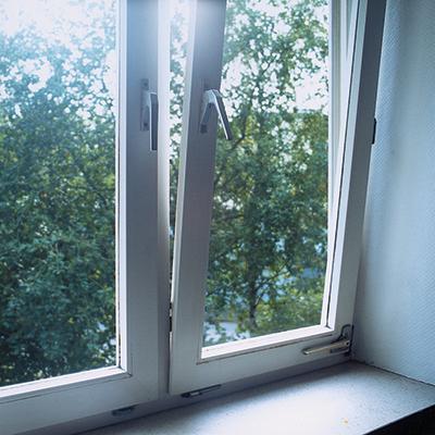 Potřebujete nutně nová okna nebo dveře a chcete je na splátky?